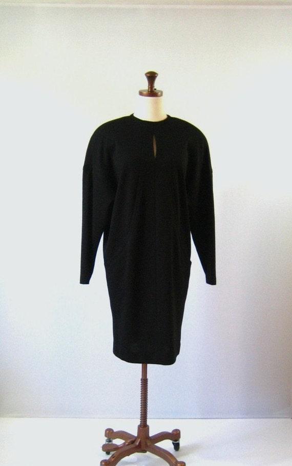 1980s Dress / vintage 80s  Black Wool Sack Dress / Medium