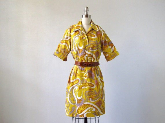 1960s Dress / 60s Shirtwaist Dress/ Golden Scroll