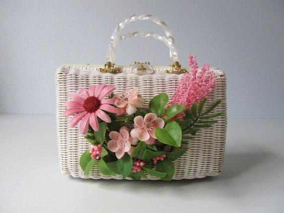 1960s Purse / White Wicker Handbag / Playful Whimsy