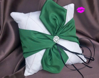 Pintuck Taffeta Diamonds Knottie Style Ring Bearer Pillow ..You Choose the Colors..shown in ivory/kelly green