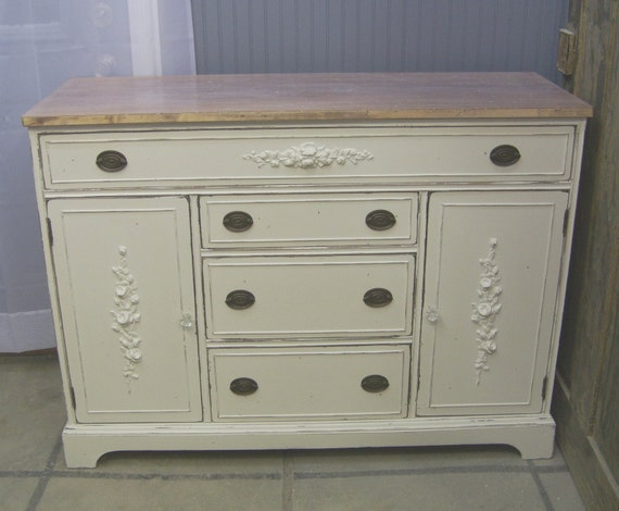 Shabby White Painted Buffet / Sideboard - Chic
