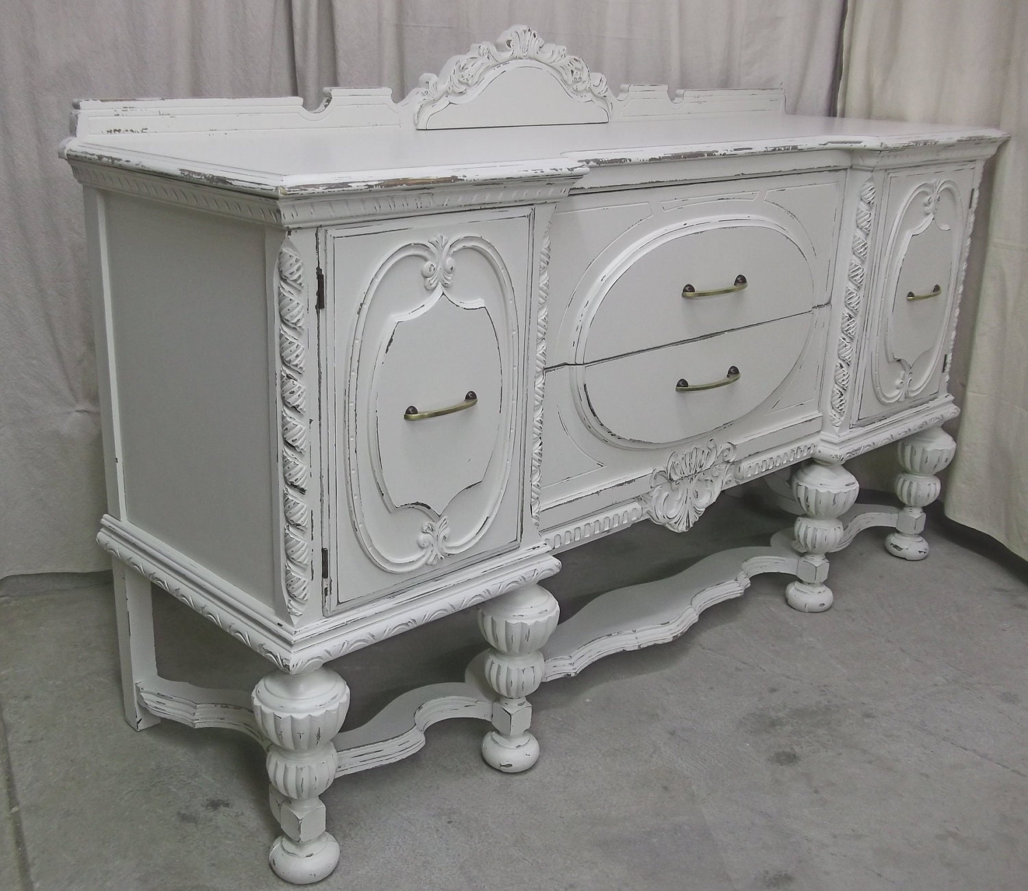 shabby white 1920 39 s buffet sideboard chic sb501. Black Bedroom Furniture Sets. Home Design Ideas