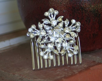 H30 Upcycled Vintage Diamond Rhinestone STAR Wreath Hair Comb