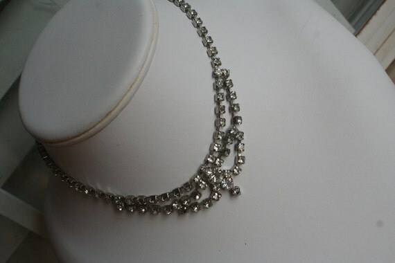 Gorgeous Vintage Diamond Rhinestone Choker Silver Prong Dress Up Necklace