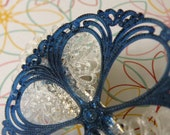 Navy Blue Lace Haarspange