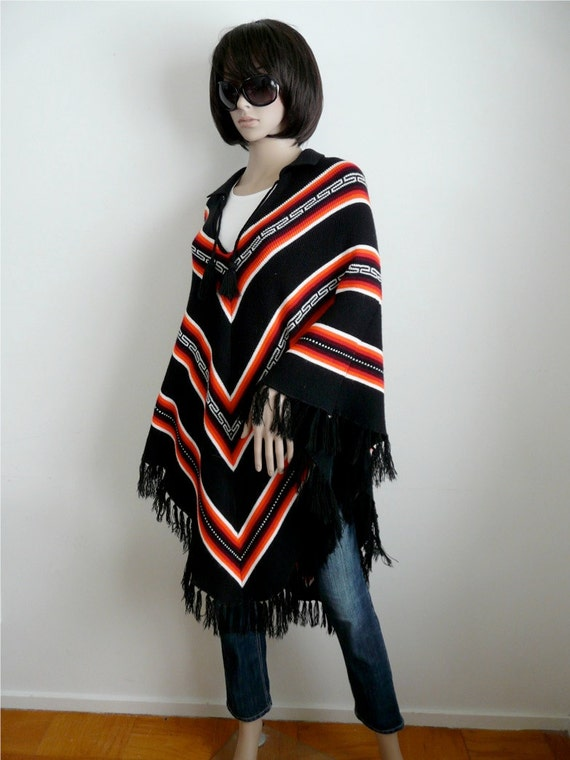 Mexican Shawl, Pullover Black and Red Chevron Design