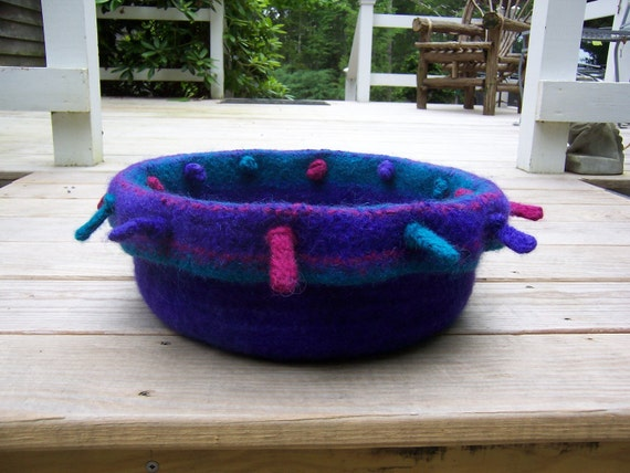 cat or dog bed felted to order
