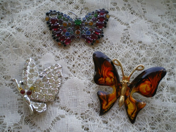 Craft Lot of Vintage and Salvaged Butterfly Pins  for Repair or Repurpose