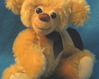 Wilford gold mohair teddybear OOAK