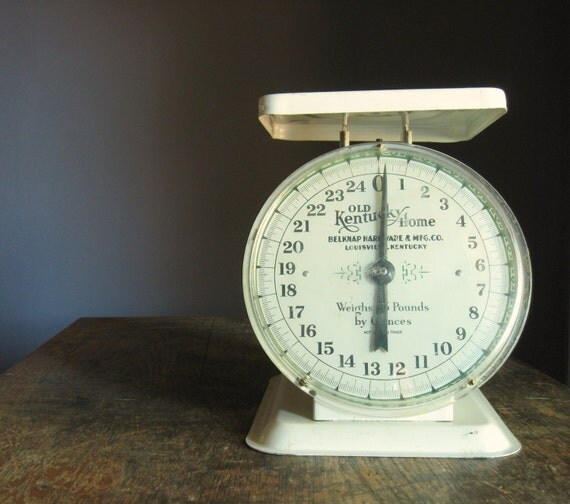 Vintage Kitchen Scale .. Old Kentucky Home
