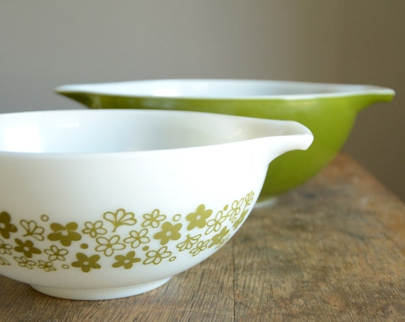 Vintage Pyrex Crazy Daisy & Olive Green Cinderella Mixing Bowls