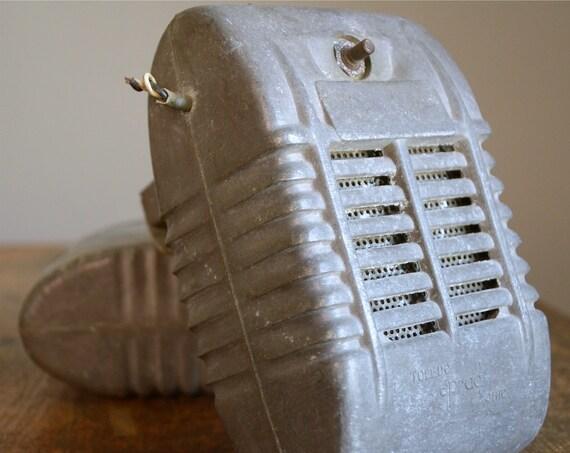 Vintage 1960s Drive In Movie Speaker .. Eprad
