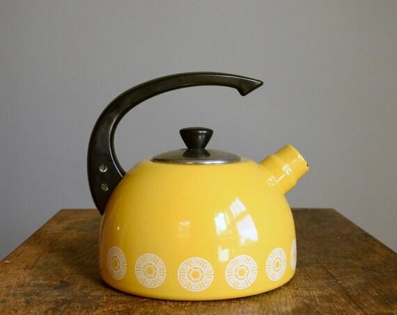 Vintage Enamel Tea Kettle .. Mustard Yellow