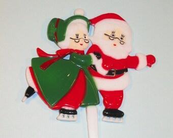 Vintage Inspired Ice Skating Santa and Mrs. Claus Pick
