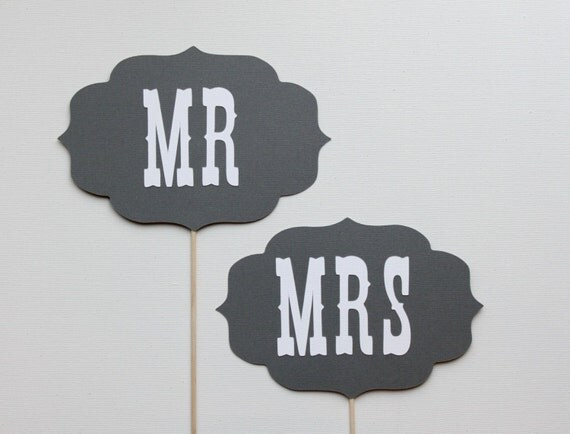 Wedding Photo Prop. Mr and Mrs Wedding Signs - Grey and White