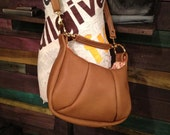 wahine.  genuine leather purse