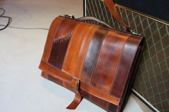 fullgive leather messenger bag //strappy