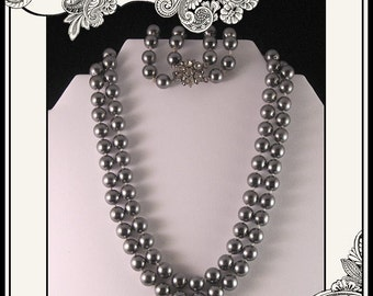 Gorgeous Set Of Vintage Gray Faux Pearl Necklace and Bracelet with Rhinestone Closures - Bridal Set