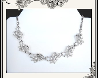 REDUCED VINTAGE Silver Tone Choker Necklace With Leaf and Rhinestone Clusters Wedding - Bride - Bridal - Bridesmaid - Mother of Bride - Prom