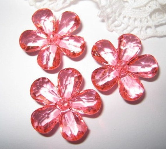 Faceted acrylic flower beads / charms - 8 pcs (FL060-B)