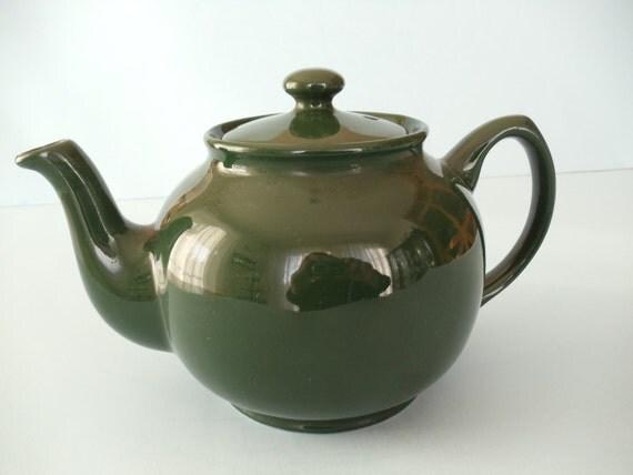 Teapot in Dark Green