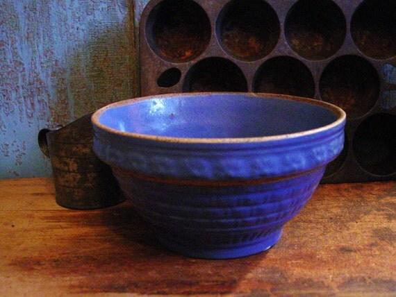 "Primitive Antique Blue Yelloware Yellow ware 7 1/2"" Bowl"
