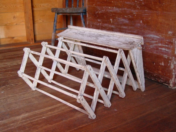 Primitive Laundry Wood Clothes Dryer Wall Mount Rack Chippy White Paint