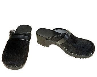 Classic Cowhide Clog  ( uni black )