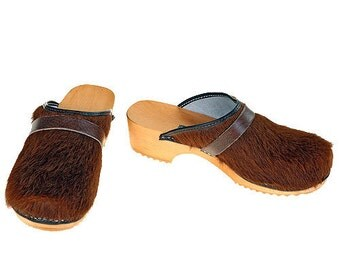 Classic Cowhide Clog  ( uni brown )