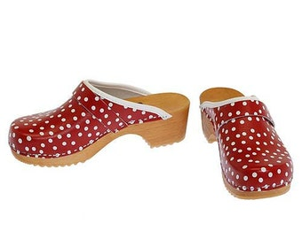 Clogs Dots