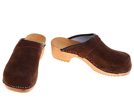 Suede Leather Clogs brown
