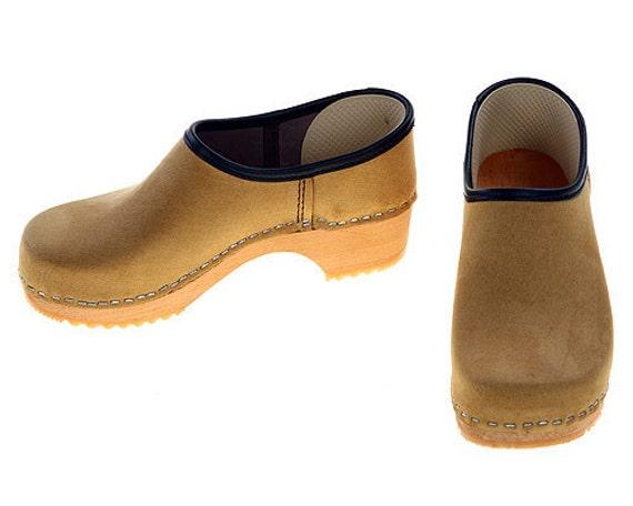 Velour Leather Kap