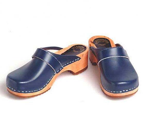 Clogs blue