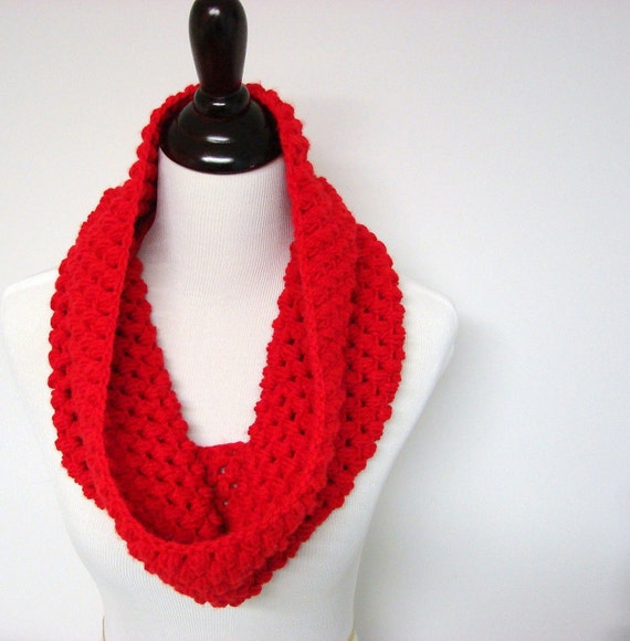 Chunky Cowl, Infinity Scarf, Crochet Scarf, Red Scarf, Crochet Infinity Cowl - MADE TO ORDER