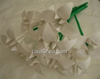 Bouquet of 12 White Origami Flowers