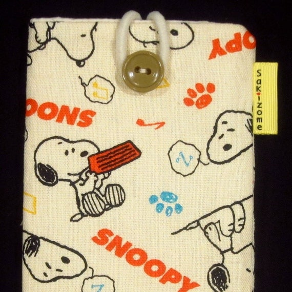 iPhone 4 iPod Blackberry Gadget Padded Sleeve Case - Snoopy