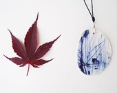 Acer Palmatum Leaf against Witches - Porcelain necklace