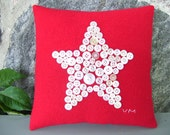 Primitive Folk Art 4th of July Americana Vintage Button Stars Penny Rug Pillow - Red
