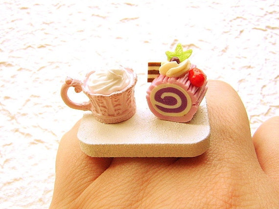Hot Chocolate Gourmet Roll Cake Ring by SouZouCreations on Etsy