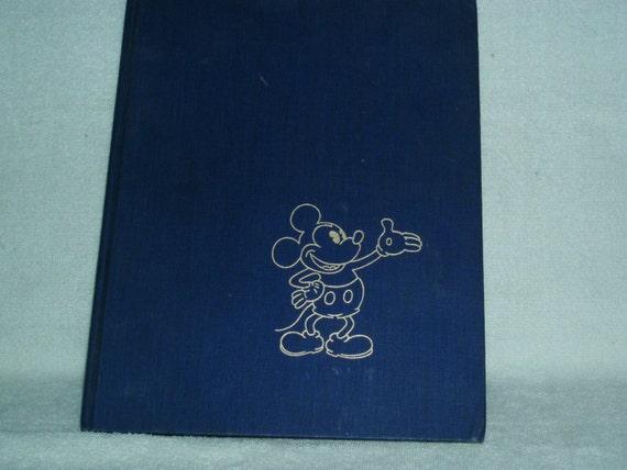 1975 THE ART OF WALT DISNEY BOOK