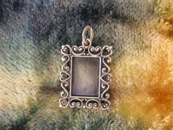 Charms - Sterling Silver - Real Picture Frame Charm - Beau Sterling Jewelry - Ornately Decorated Photograph Charm