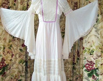 70s Hippie Dress, Hippie Gown,  Natural hippie maxi,  Flowing Angel dress, size M