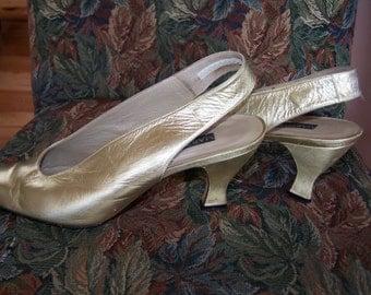 Gold Mules,  Slingback Heels, Metallic pumps, Sling back in Gold, size 9.5
