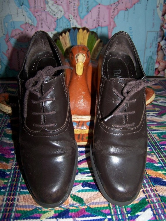 7.5 Oxford shoes BROWN Lace up BuY 2 GeT 1 FREE SALE on now