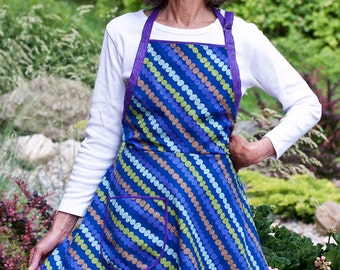 Everyday Flair Groovy Indigo Blue Apron (A Blue Christmas Without You!)