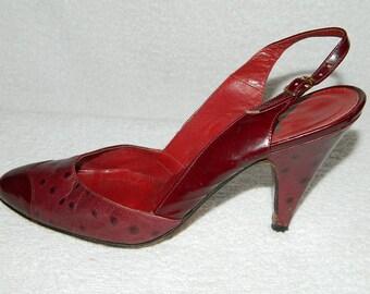Vintage Allegro Crocodile Red Burgundy  Sling-backs  Croc Pumps High Heels Size 8 N Made in Italy