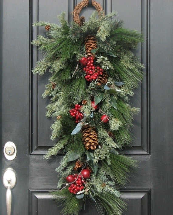 Christmas Swag For Door Door Swags Christmas Wreath