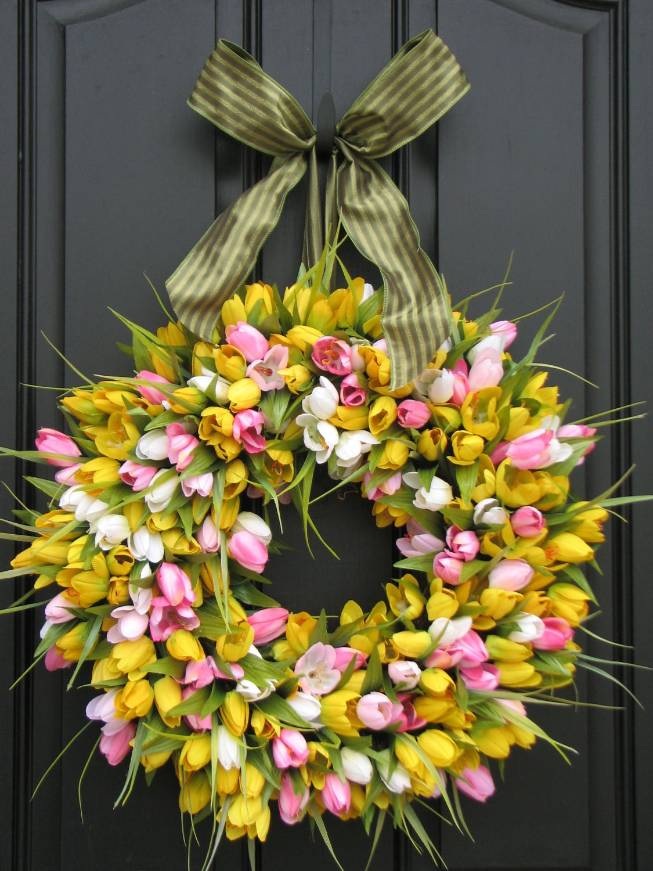 front door wreath spring tulips spring wreath tulips. Black Bedroom Furniture Sets. Home Design Ideas