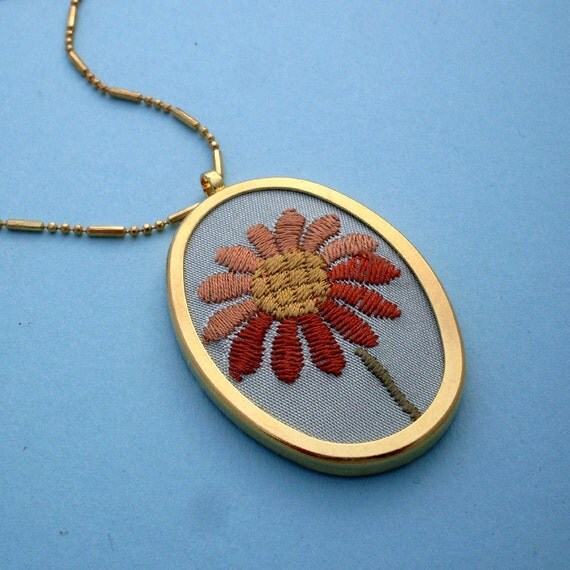 Embroidered Flower Necklace - Gold, Brown