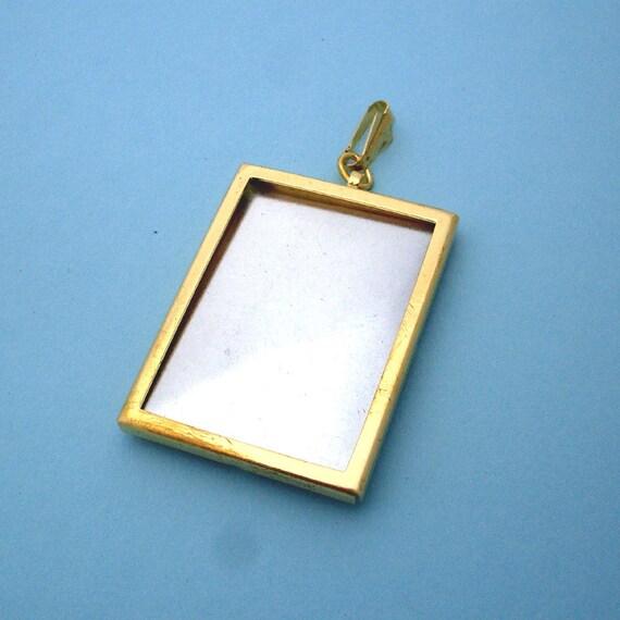 Gold Rectangular Pendant Setting Frame Mounting 136GT